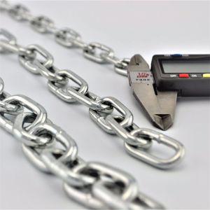 La cadena de color azul Cadena de eslabones de cadena de eslabones soldados DIN 764