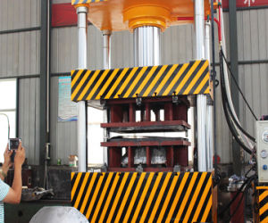 Четыре колонки/столбов и после трех лучей 1000Т/2000Т/4000тонн гидравлического пресса механизм Wheelbarrow