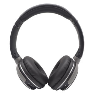上の販売の極度の低音のイヤホーンのMicが付いている無線Bluetoothのスポーツのヘッドセット