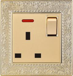La norme britannique 13A Prise commutée Square-Pinned avec néon (N4)