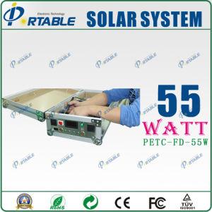 Plateado Casa portátil de 55W Sistema de suministro de energía solar con la varilla y la rueda (PETC-FD-55W)