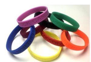 La decorazione di promozione del Brasile della tazza di mondo mette in mostra il braccialetto