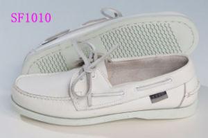 Sapatas brancas do barco do couro do conforto para homens