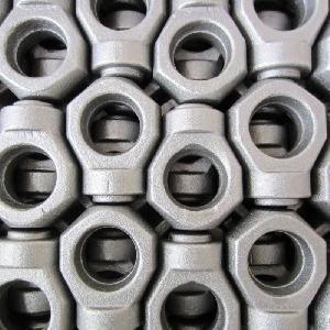 中国製熱い鍛造材のユニバーサル接合箇所を機械で造っているOEM