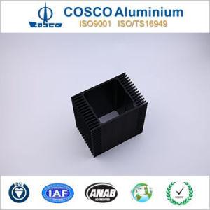 Perfil de aluminio negro anodizado con el disipador térmico