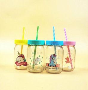 Maurer-trinkendes Glas mit Dekoration