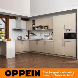 Mobilia a forma di U della cucina del grano di legno chiaro moderno ...