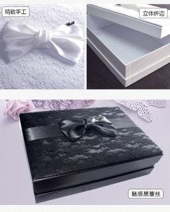 Vakje van de Verpakking van de Kleding van het Huwelijk van het Document van het Vakje van de Kleding van het Huwelijk van het Document van het Vakje van het Kostuum van het huwelijk het Verpakkende