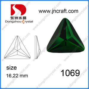 De in het groot Smaragdgroene Steen van het Glas van de Vorm van de Driehoek Machinaal gesneden