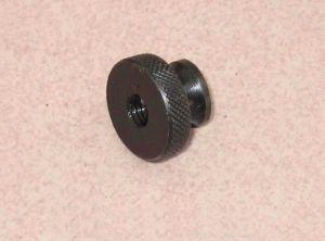 Écrous moletés avec le collier (DIN) 466-1986