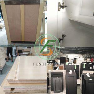 Armadio da cucina modulare personalizzato di alta lucentezza BRITANNICA del luogo delle feci di barra in armadio da cucina moderno di Addis Ababa