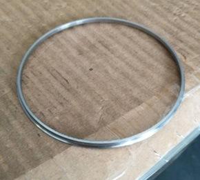 CNC che gira per l'anello di cuscinetto d'acciaio