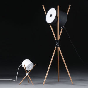 Salón de los países nórdicos la lámpara de mesa de madera/Lámpara de pie