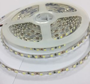 5050 striscia flessibile di RGB LED di alto lumen di 12V/24V 60LED/M per la decorazione esterna