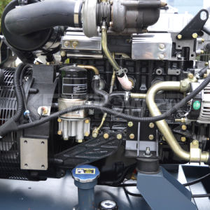 Cummins Engineが付いているタイプ力のディーゼル発電機セットを開きなさい