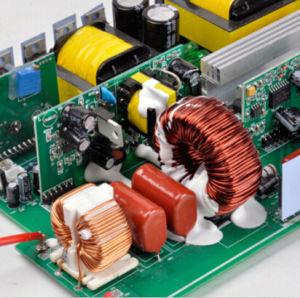 Jyins 12V/24V Gleichstrom zu UPS Pure Sine Wave Solar Power Inverter WS-110V/220V 1000W mit Charger