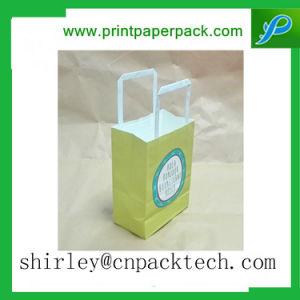 Regali eleganti su ordinazione esagerati di acquisto che impaccano sacchetto con la maniglia