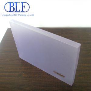 Пластиковые окна из ПВХ упаковки белого цвета