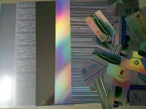 Linea sottile d'argento con la scheda Flourescent della stampante a laser