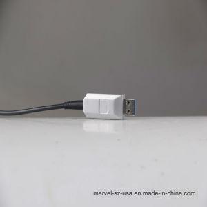 50mまで、5gbpsの標準ソケットへの標準プラグが付いているUSB3.0ハイブリッド実行中の光ケーブル