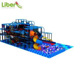 Parc de loisirs pour enfants de l'équipement commercial Terrain de jeux intérieur Diapositive