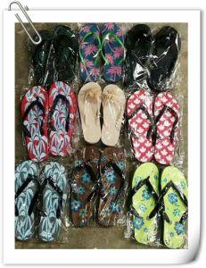 De nouvelles chaussures Rainbow en caoutchouc de la plage de gros Flip Flop Slipper