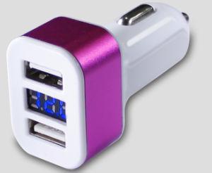 Appleおよび人間の特徴をもつ装置のためのタイプCポートを持つ二重USB車の充電器