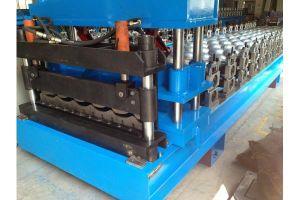 Panneau de toit de tuiles en acier galvanisé machine à profiler à froid