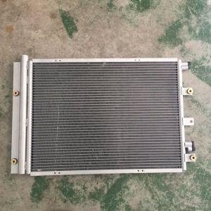 Shacmanのトラックのための自動トラックの部品のエアコンのコンデンサー/ラジエーター