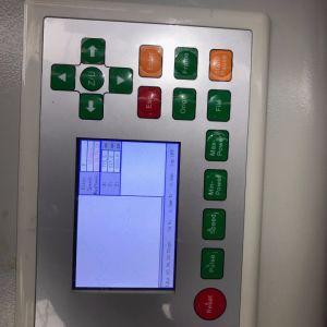 Gravure au laser CO2 de la faucheuse pour panneaux MDF/acrylique/bois/Conseil/Non-Metal