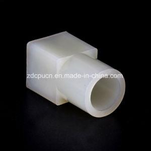 OEM carré moulé par injection de plastique à tête ronde de la bague de manchon à deux voies / connecteur