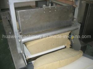 Taglio automatico della pasta e macchina di trasporto