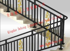 装飾的な錬鉄階段柵か鉄の手すりまたは鉄のBaluster