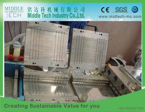Hölzerner Plastik (WPC) setzt Tür-/Decking-Profil-Strangpresßling-Maschine zusammen