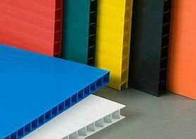 Precio al por mayor de la fábrica de envases de plástico corrugado PP cuadro de la hoja de la Junta hueco