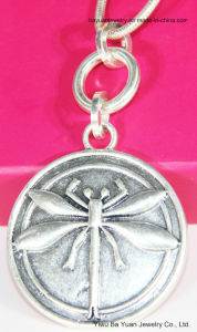 Halsband van de Tegenhanger van de Vlieg van de Draak van de manier de Anti Zilveren Gestempelde Gehamerde