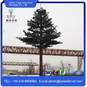 L'acier Telecom Pole haubané camouflé de mât de l'antenne de communication Plam Tour de l'arbre de pin