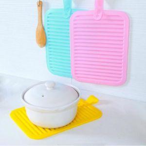 Mat van de Pannelap van het Keukengerei van het silicone de Antislip Fordable Draagbare Hittebestendige Hete
