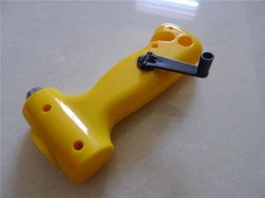 ダイナモの自動車のためのガラス破損のハンマーのトーチのクランクを手で回しなさい