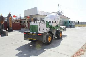 De Vrachtwagen van de concrete Mixer met Dikke Semi-Solid Banden