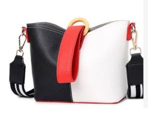 PUの方法革戦闘状況表示板の女性の肩Handbag新しいデザイナー女性
