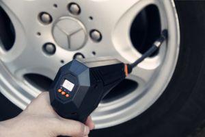 Pompa elettrica automatica della gomma del gonfiatore della gomma della pompa del compressore d'aria micro