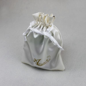 卸売は印刷されたベージュサテンのドローストリングの宝石類のギフトの袋袋をカスタマイズした