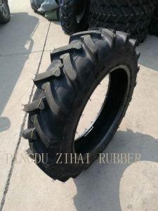 Landwirtschaftlicher Traktor ermüdet Reifen 9.5-24