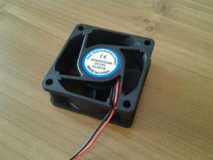 24 В постоянного тока 60mmx60mmx25мм 6025 мини-Бесщеточный осевой вентилятор системы охлаждения салона 60мм вентилятор