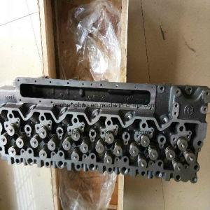 小松6D114エンジンのシリンダーヘッド(6741-11-1190)