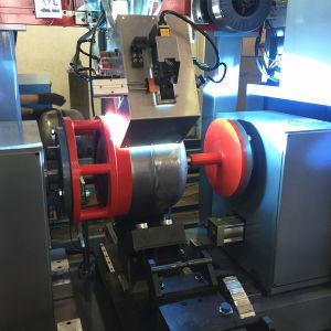 El cuerpo del cilindro de la circunferencia de la máquina de soldadura
