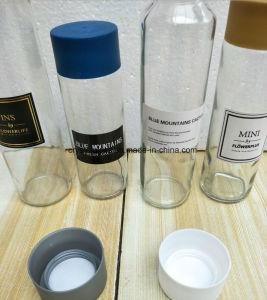 Água mineral Voss reta vaso de consumo de vidro com tampa de plástico
