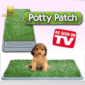 En el interior de la bandeja de wc cachorro mascota Pet Trainer