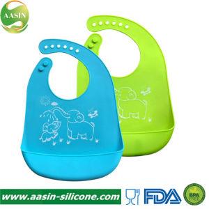 d5f3616de Silicone ajustável bebê a Bib fácil de limpar programável confortável a  alimentação do bebé Peitilho manter